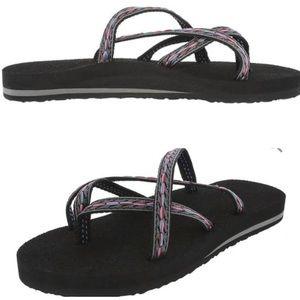 Teva Olowahu Black Strappy Flip Flop Sandals